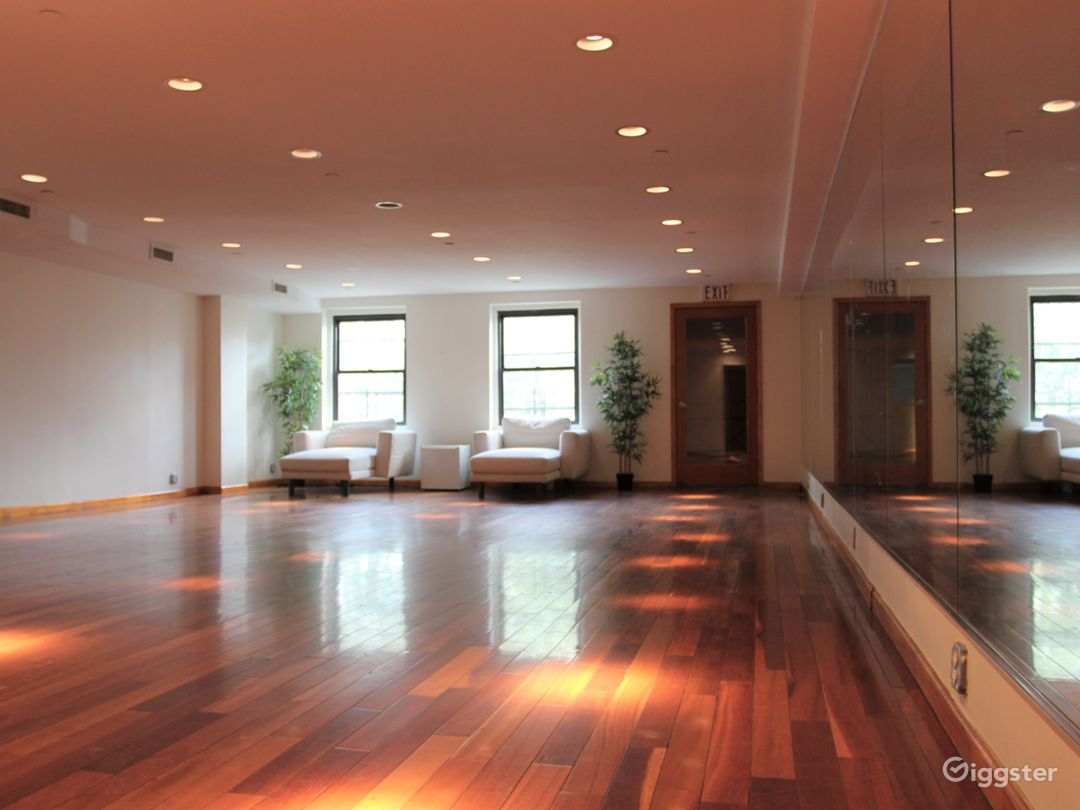 LES Dance/Rehearsal Studio with Natural Light Photo 1