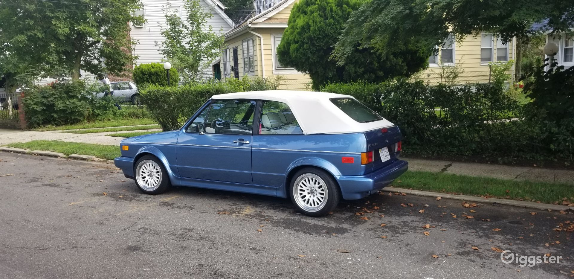 1990  Volkswagen cabriolet   Photo 1