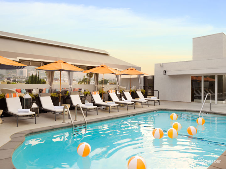 Elegant Hotel in the Heart of West Hollywood Photo 2