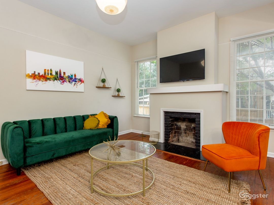 Bungalow in Candler Park Photo 1