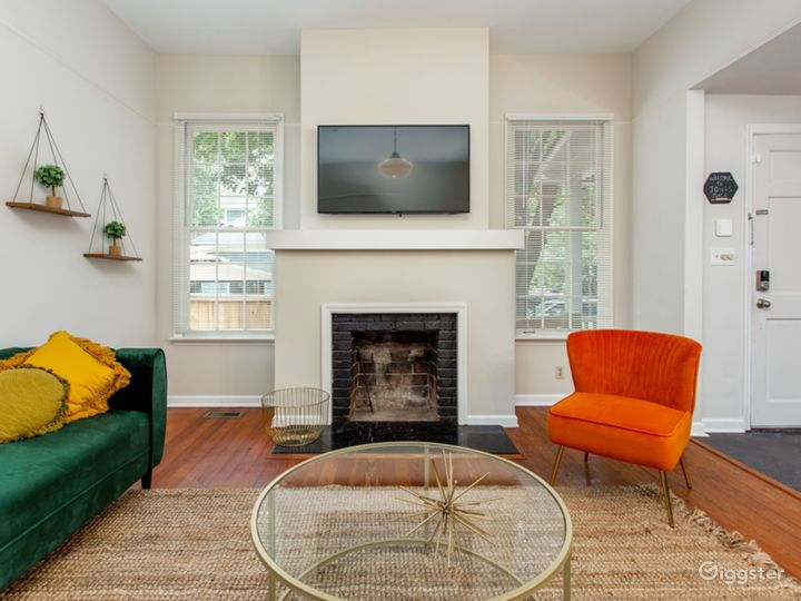 Bungalow in Candler Park Photo 2