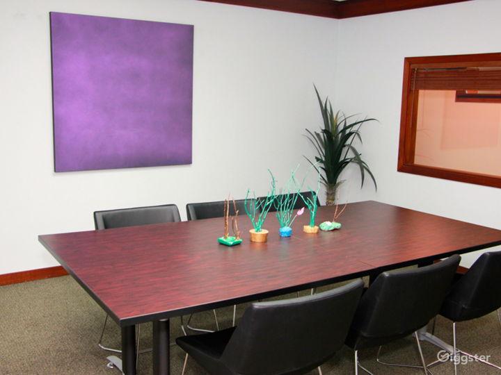 Stylish Meeting Room in Miami Photo 4