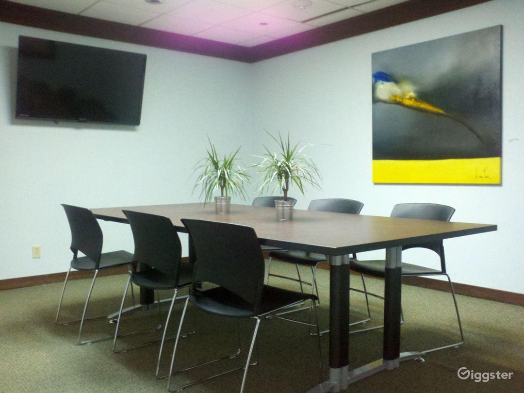 Stylish Meeting Room in Miami Photo 1