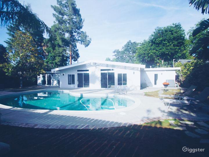 Minimalist Suburban Mid-Century Home Photo 5