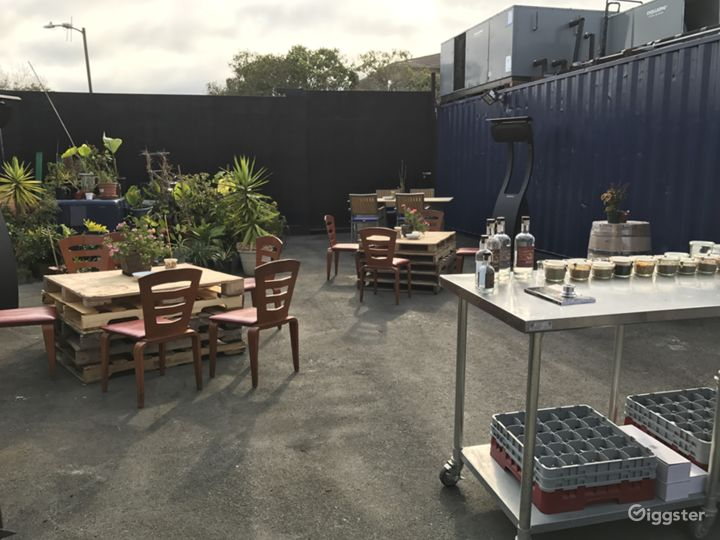 Outdoor Event Space Photo 5