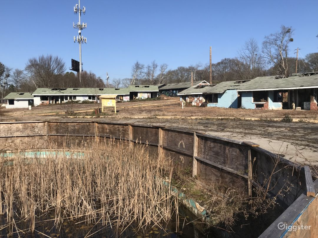 Abandoned Zombie Land Horror Farm for Rent in Atlanta for Filming Photo 1