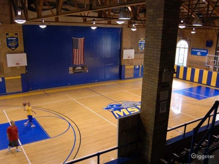 School theatre and basketball gym: Location 4240 Photo 3
