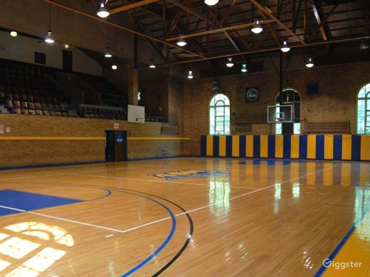 School theatre and basketball gym: Location 4240 Photo 5