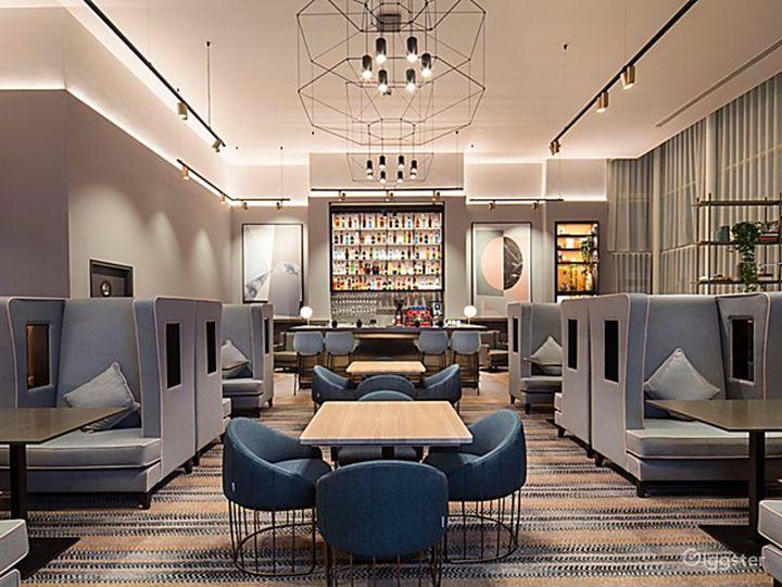 Stylish City Lounge in Blackfriars, London Photo 2