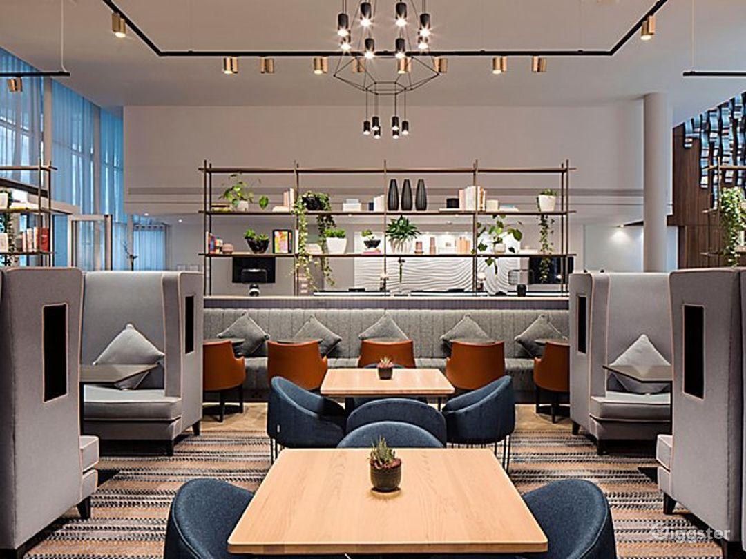Stylish City Lounge in Blackfriars, London Photo 1