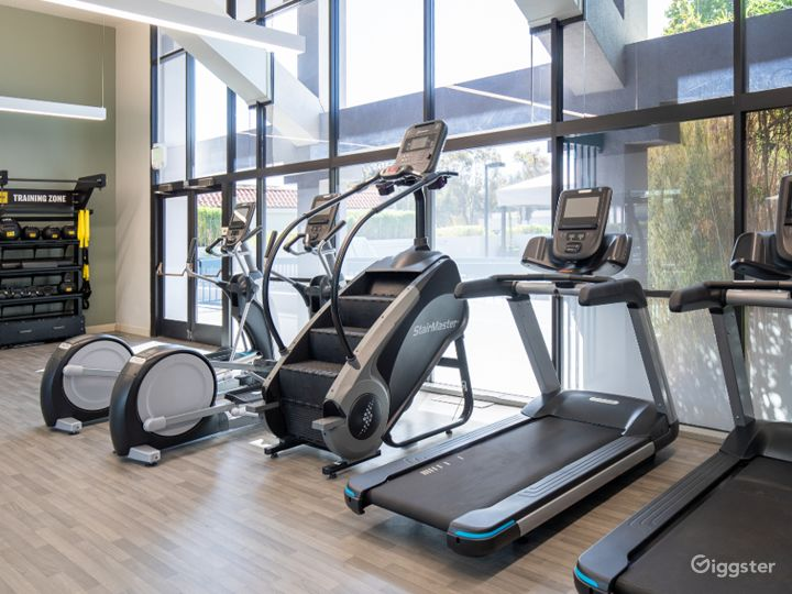A Modern Gym with Equipment in Sunnyvale Photo 2