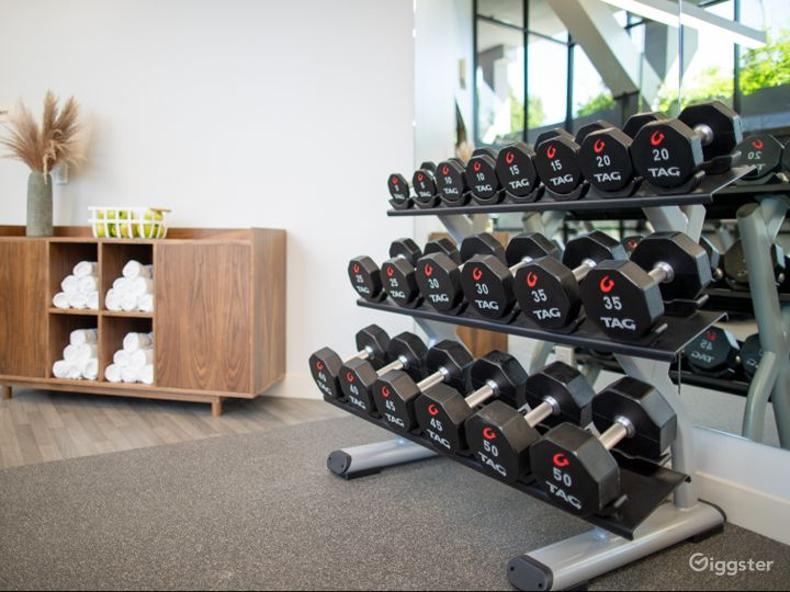 A Modern Gym with Equipment in Sunnyvale Photo 3