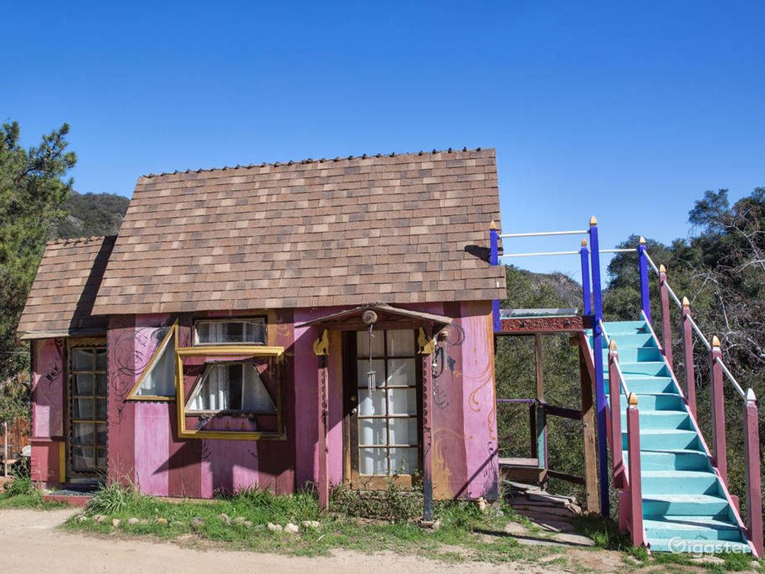 Storybook Cottage- Fantasy tiny home in Topanga! Photo 2