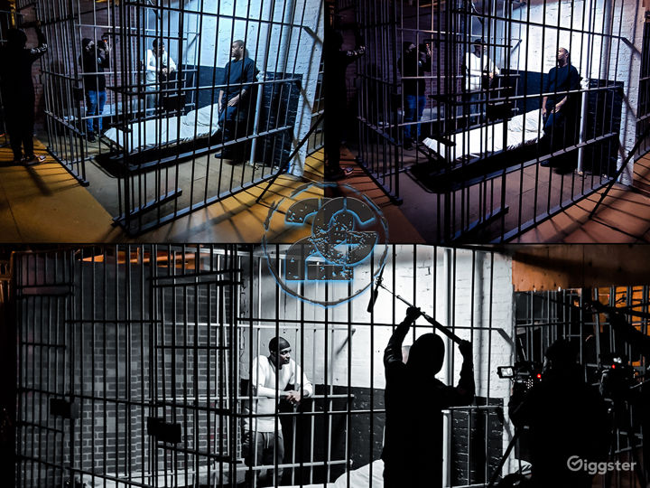 WORKING JAIL CELLS WITH 2 8'X 6' CELLS WITH COTS  Photo 3