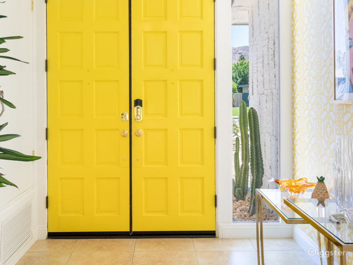 Chateau Palomino: Bright & glam Palm Springs style Photo 5