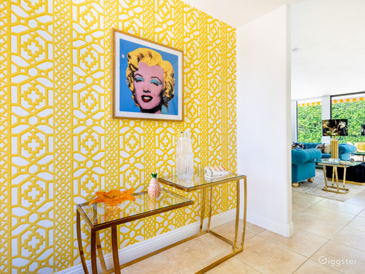 Chateau Palomino: Bright & glam Palm Springs style Photo 4