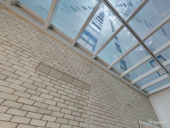 Solarium Gallery Five Photo 4