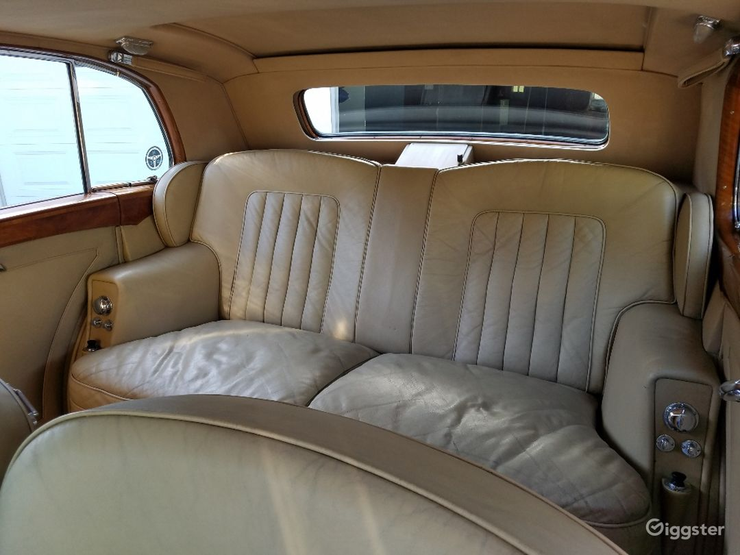 Classic 1953 Rolls-Royce Silver Wraith Photo 4