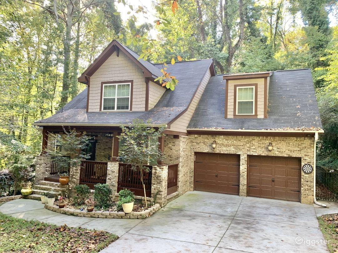 Beautiful 4 BR 2 1/2BA Home in Quiet Subdivision Photo 1