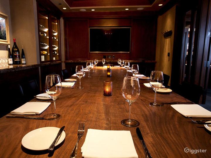Beautiful Carolina Room Restaurant in Anaheim Photo 5