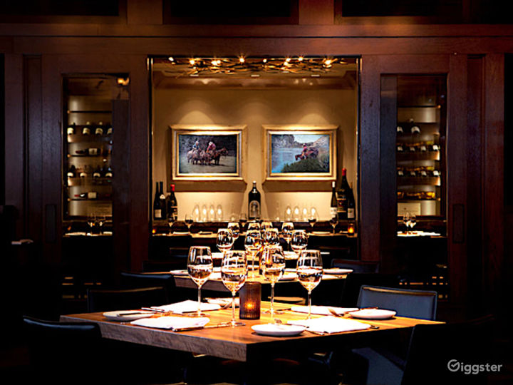 Beautiful Carolina Room Restaurant in Anaheim Photo 2