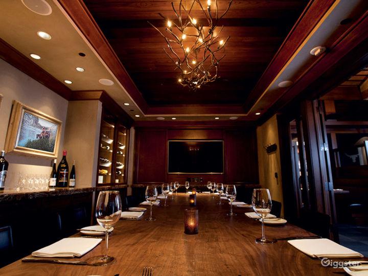 Beautiful Carolina Room Restaurant in Anaheim Photo 3
