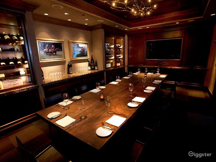 Beautiful Carolina Room Restaurant in Anaheim Photo 4