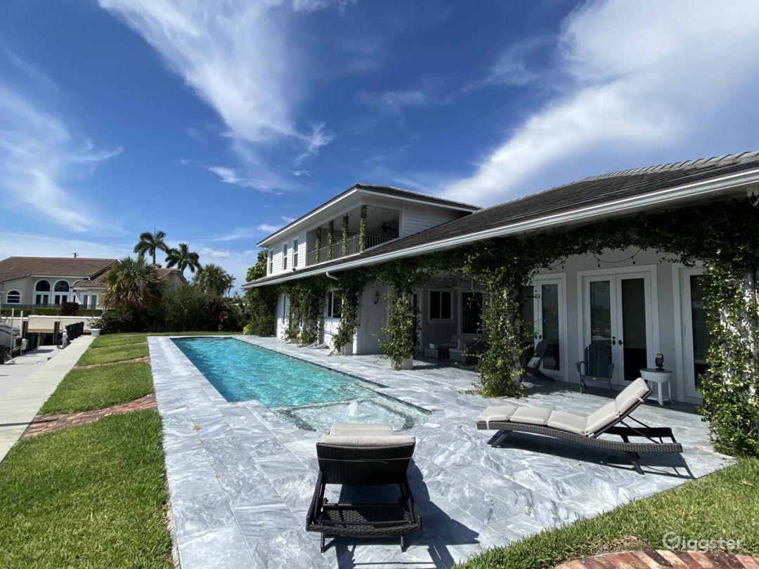 Beautiful Intracoastal Home Photo 1