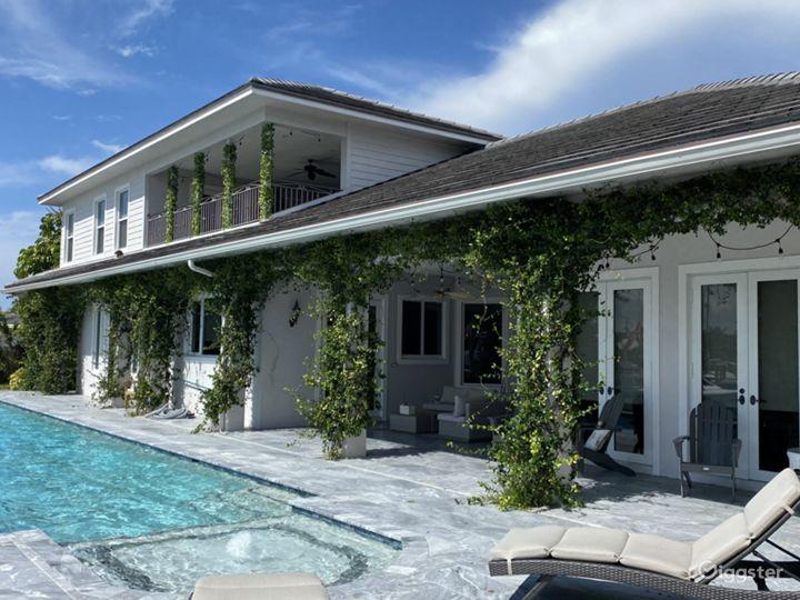 Beautiful Intracoastal Home Photo 4