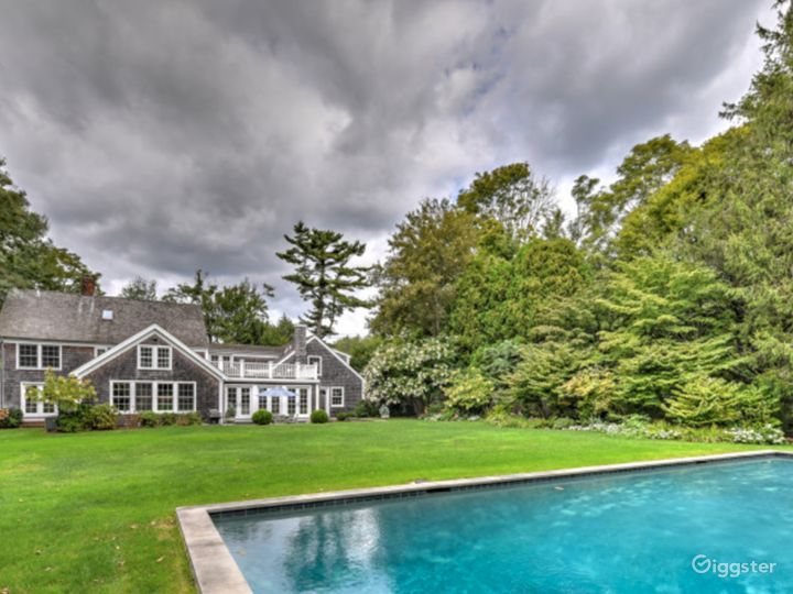 Amagansett Farmhouse Photo 2