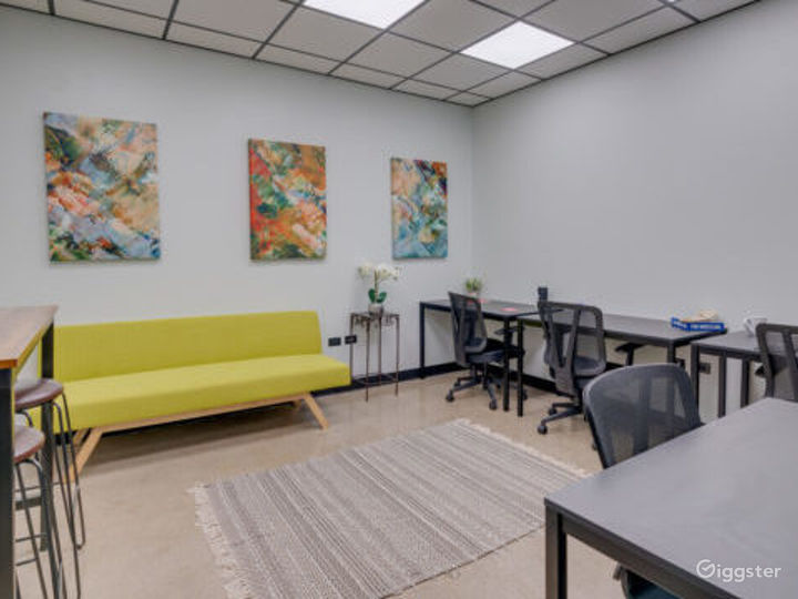 Private Office for 6-10 in Lincolnwood Photo 2