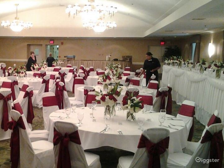 Majestic Event Hall C in Westland Photo 4