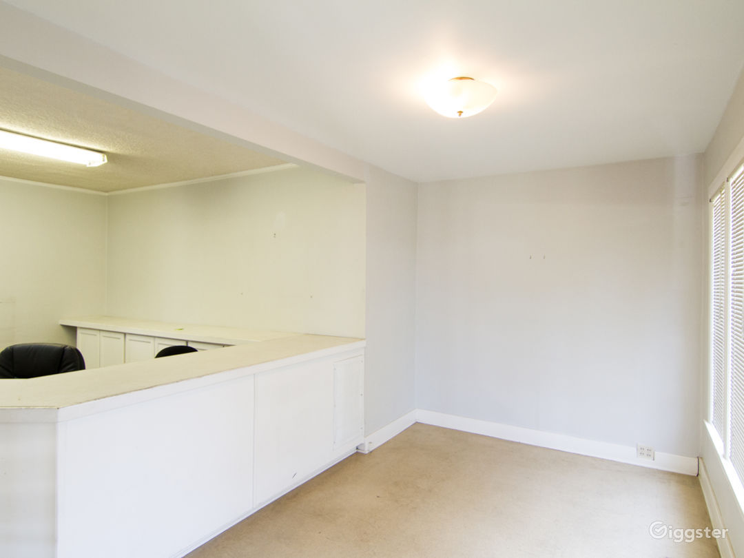 Unfurnished Office Space with Basement and Garage Photo 4