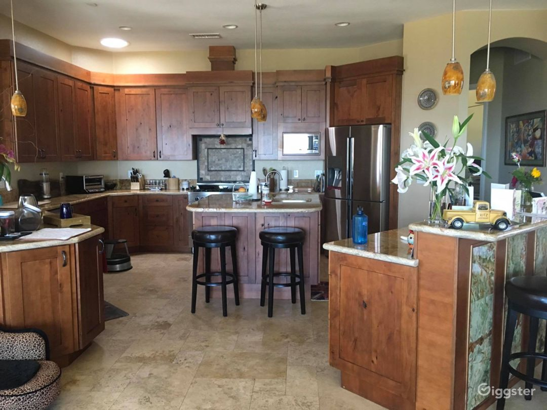 Sweeping Mountain Views Ranch Home Photo 5