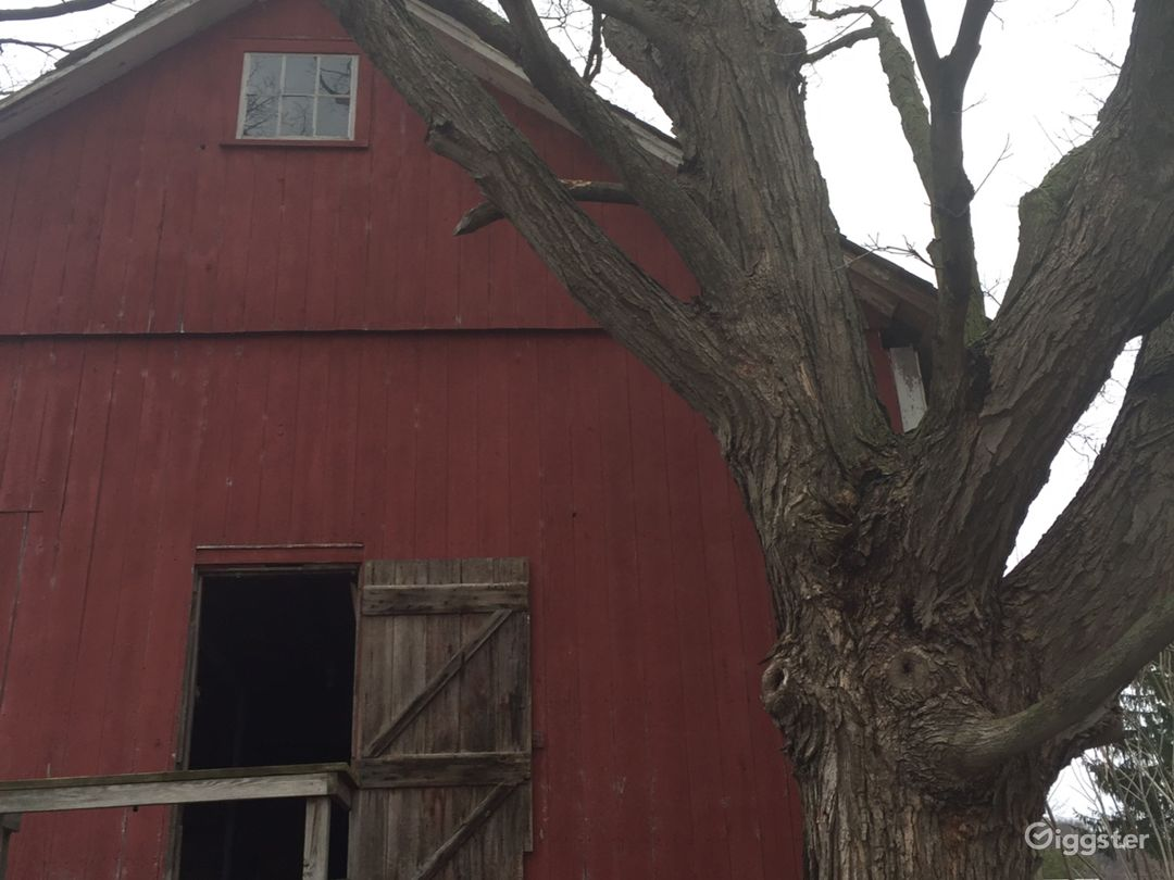 Amish built barn cica early 1800s
