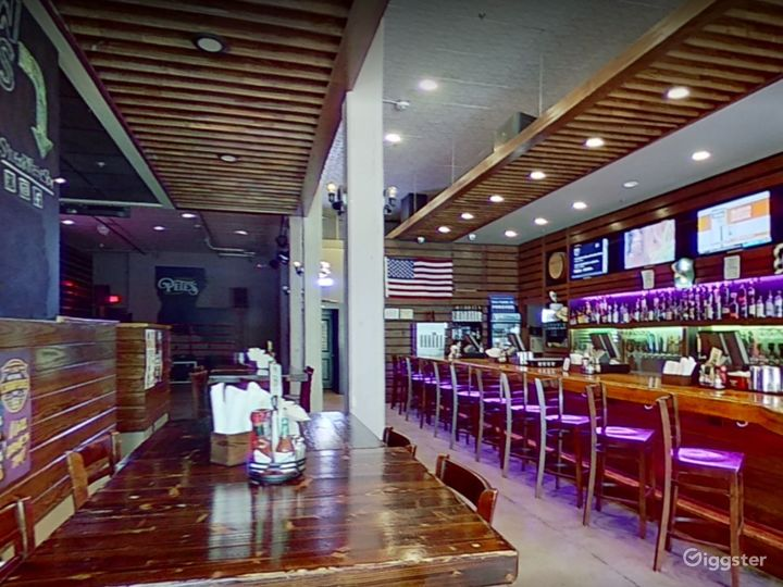 Downtown Baton Rouge's 1st and Only Country Bar Photo 2