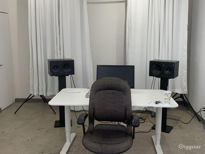 Turnkey Photo and Video Studio With Equipment Photo 3