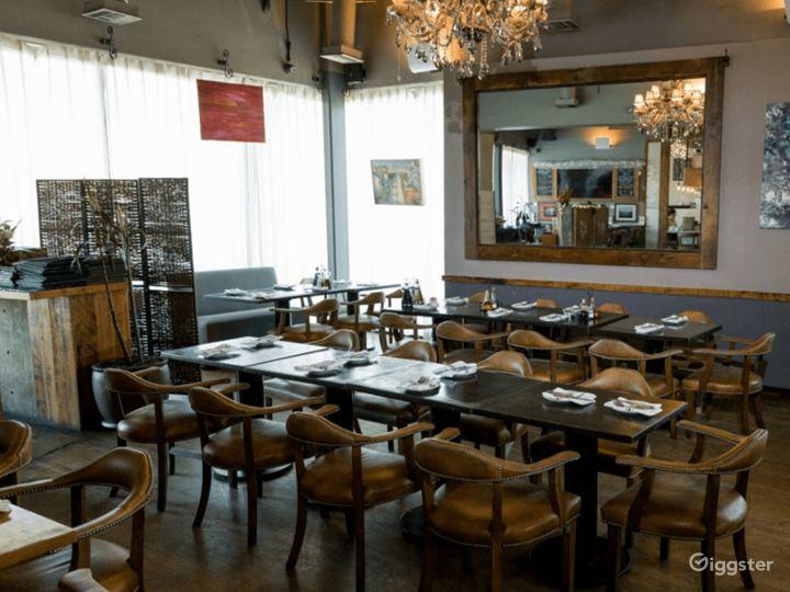 Classy & Contemporary Wine Bar and Restaurant Photo 3