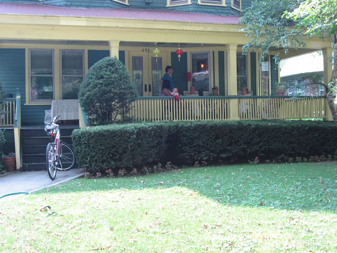 Shoot friendly Ditmas Park / Midwood BK house Photo 4
