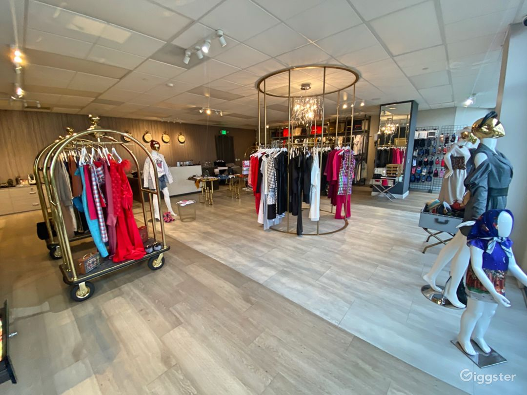 Fashion Store/Hotel  Photo 1