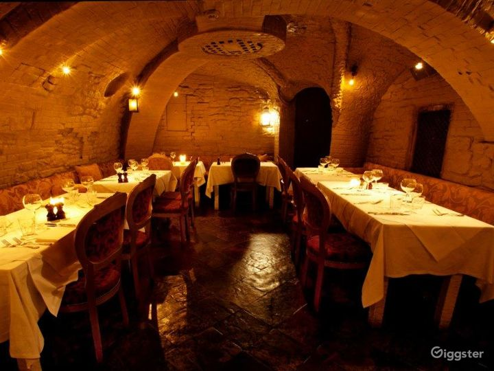 The Majestic Crypt in London Photo 2