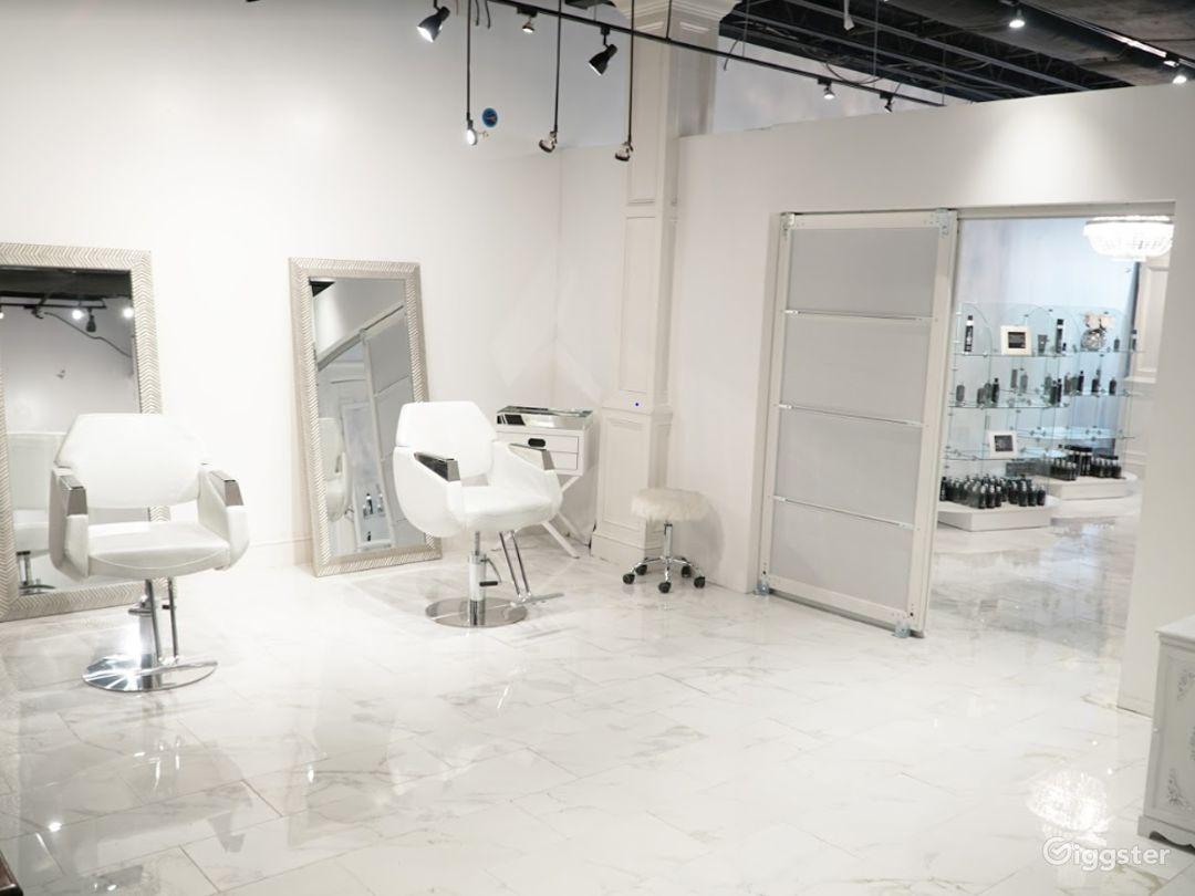 Snow White Salon with Marble Floors Photo 2