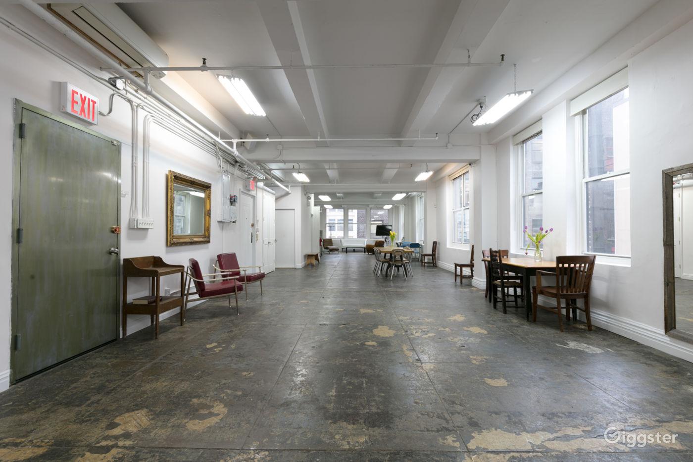 Manhattan 2000 sq ft Studio Loft Rent this location on