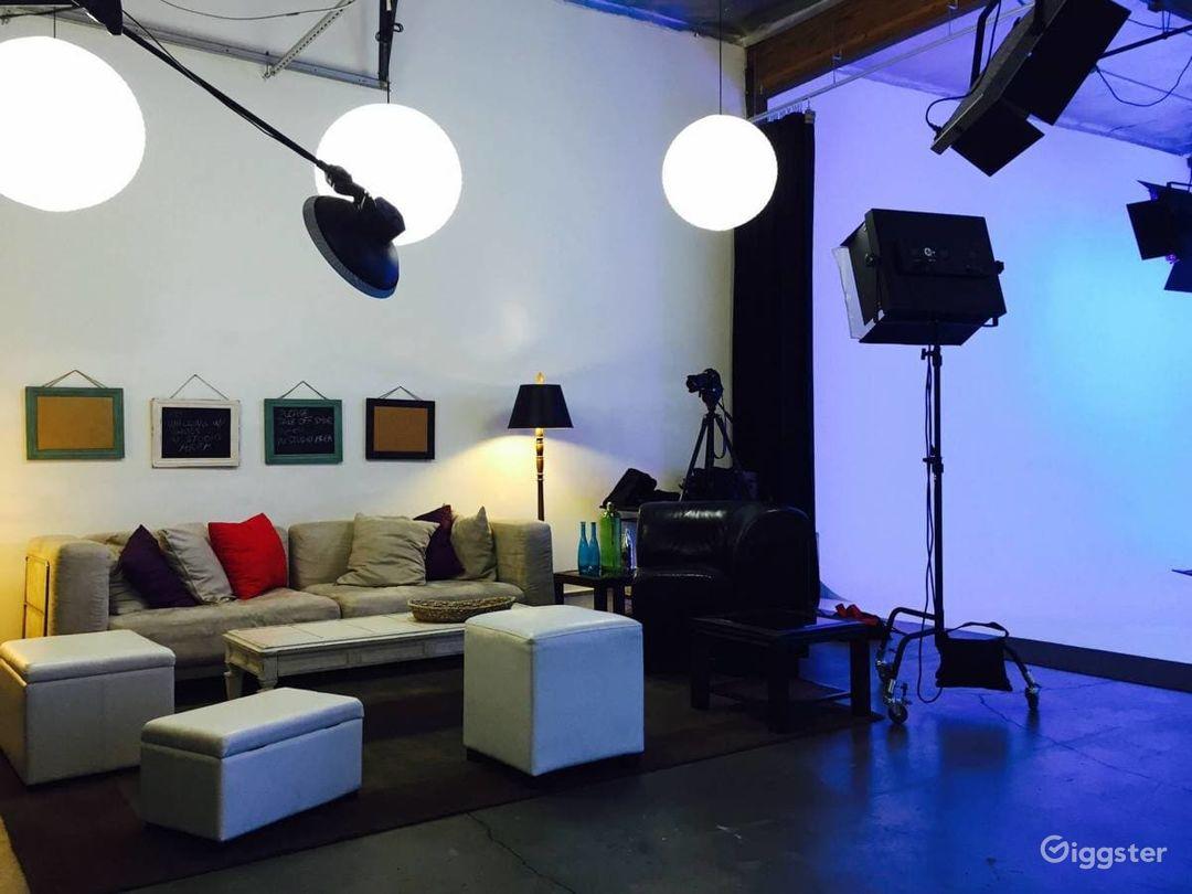 Amazing Fully Lit White Cyc Studio Photo 5