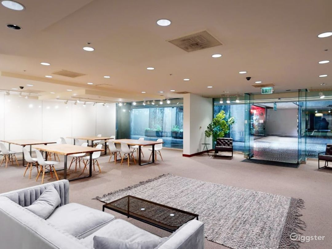 Gorgeous Downtown Modern Event Space Photo 1
