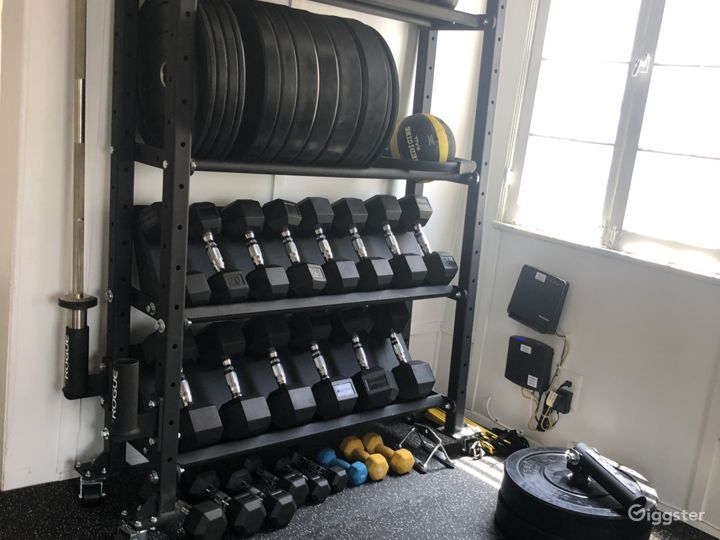 Private Personal Training Studio Photo 4