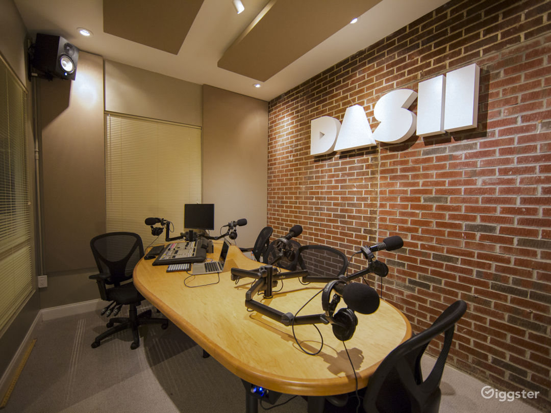 Second Angle Of DASH Radio Station With 5 Mics That Can Record High Quality Audio.