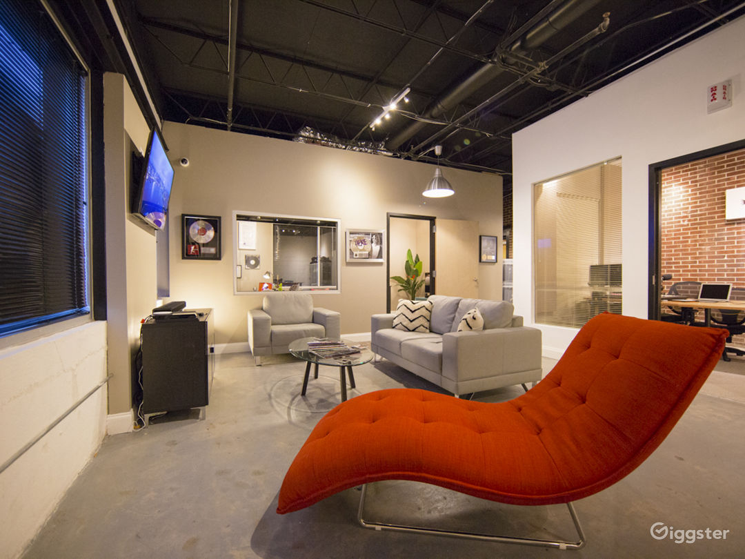 Open Office With Lounge Area.