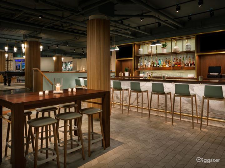 Intimate Indoor Lounge & Lobby Bar Photo 3