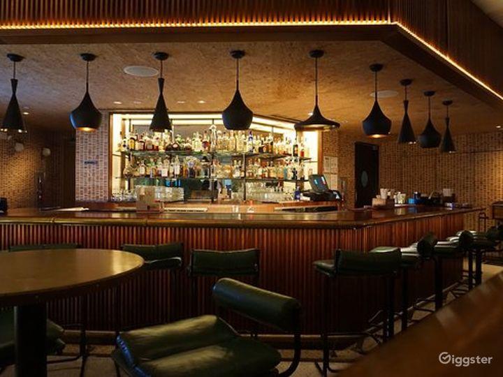 Intimate Indoor Lounge & Lobby Bar Photo 2